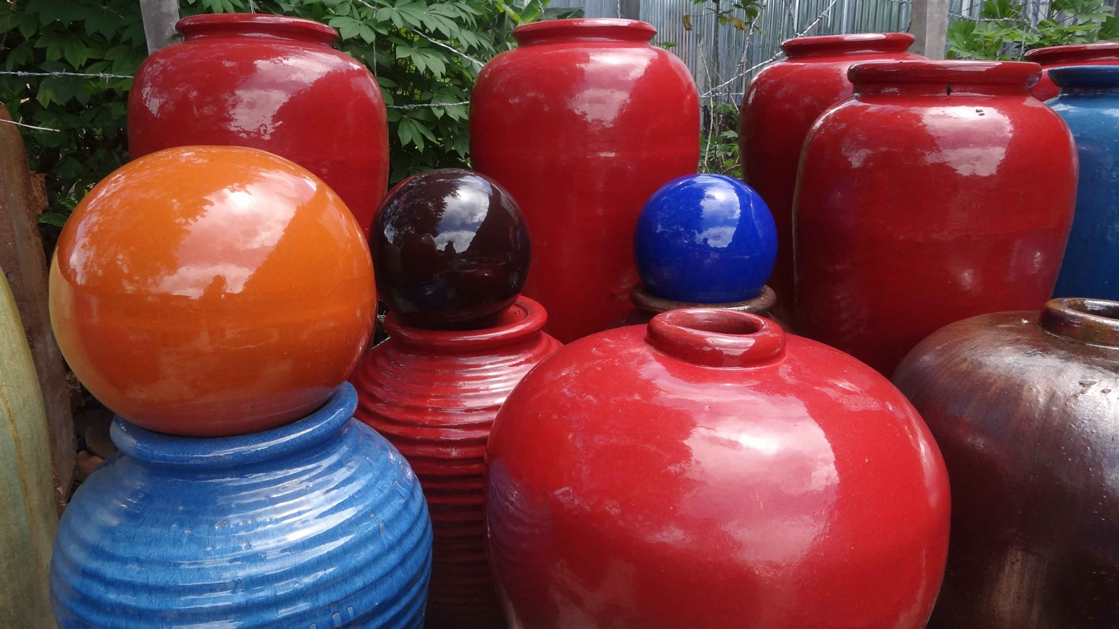 Why vietnamese glazed ceramic pots and planters?